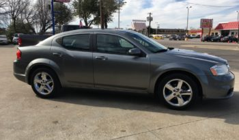 2011 Dodge Avenger full